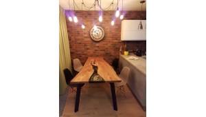 Обеденный стол из Карагача